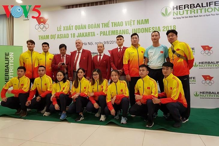 พิธีปล่อยแถลวขบวนคณะนักกีฬาเวียดนามที่เข้าร่วมการแข่งขัน ASIAD 2018 - ảnh 1
