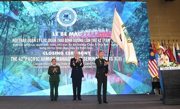 ปิดการสัมมนาเกี่ยวกับการบริหารงานของกองทัพบกภาคพื้นแปซิฟิกครั้งที่42 - ảnh 1