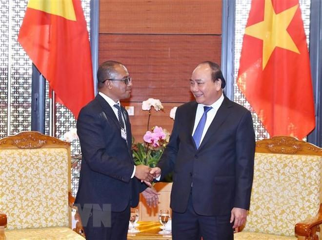 นายกรัฐมนตรีเวียดนามให้การต้อนรับรัฐมนตรีว่าการกระทรวงการต่างประเทศและความร่วมมือติมอร์เลสเต - ảnh 1