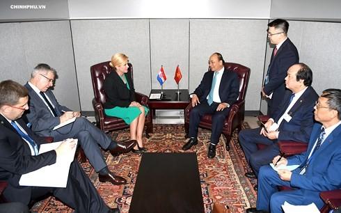 นายกรัฐมนตรีเวียดนามพบปะกับผู้นำประเทศต่างๆนอกรอบการประชุมสมัชชาใหญ่สหประชาชาติสมัยที่73 - ảnh 2