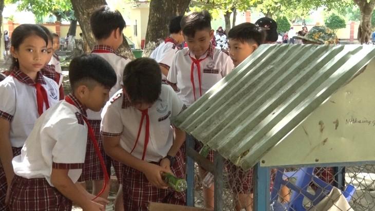 """""""บ้าน 100 ด่ง""""ของนักเรียนในอำเภอก่อกาว จังหวัดเกียนยาง - ảnh 1"""