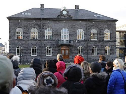 ไอซ์แลนด์อยู่อันดับ 1 ในตารางดัชนีสันติภาพโลกปี 2019  - ảnh 1