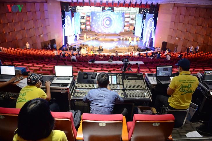 """Trước giờ G đêm chung kết cuộc thi """"Tiếng hát ASEAN+3"""" năm 2019 - ảnh 11"""
