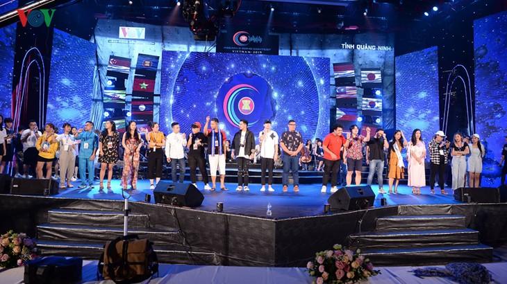 """Trước giờ G đêm chung kết cuộc thi """"Tiếng hát ASEAN+3"""" năm 2019 - ảnh 1"""
