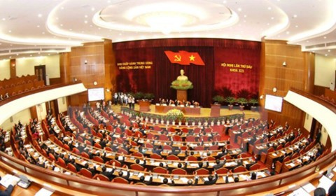 Party Central Committee debates major national issues - ảnh 1