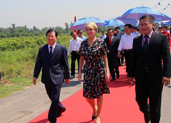 Cao Lanh bridge inaugurated - ảnh 1