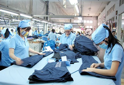 Vietnam's garment export rises - ảnh 1