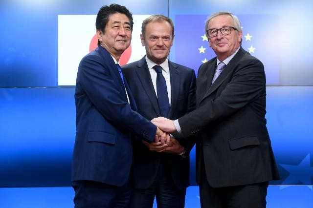EU- Japan FTA opposes trade protectionism - ảnh 1