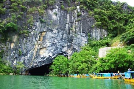 Phong Nha-Ke Bang National Park attracts tourists - ảnh 2