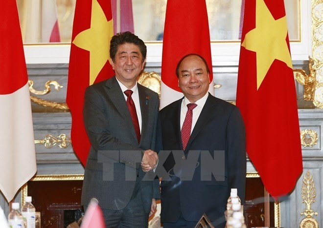 Prime Minister congratulates 45 years of Vietnam-Japan relationship - ảnh 1
