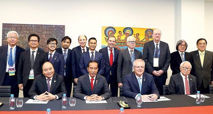 Vietnam, an active member of APEC - ảnh 1