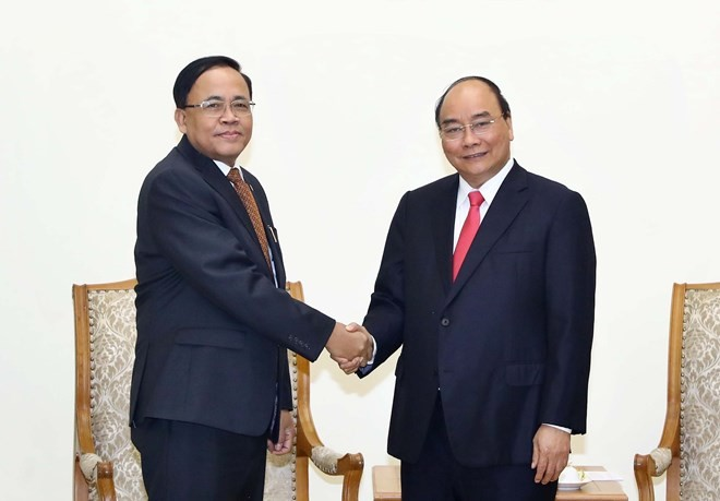 PM receives Myanmar minister of int'l cooperation - ảnh 1