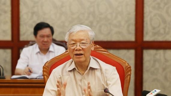 Party leader, President Nguyen Phu Trong chairs Politburo meeting - ảnh 1