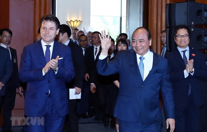 Vietnamese, Italian PMs co-chair Italy-ASEAN economic relations dialogue - ảnh 1