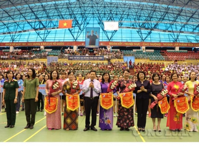 Vice President Dang Thi Ngoc Thinh attends National Female Sports Festival 2019 - ảnh 1