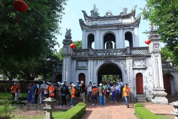 Hanoi serves nearly 14.4 million visitors so far - ảnh 1