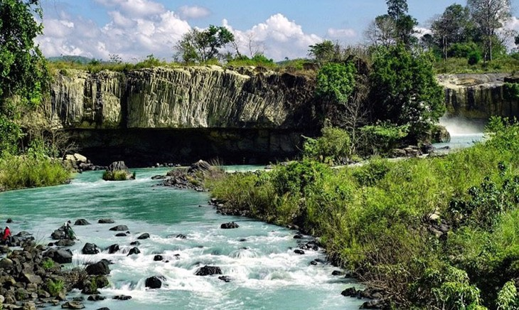 UNESCO experts evaluate Krong No volcanic park - ảnh 1