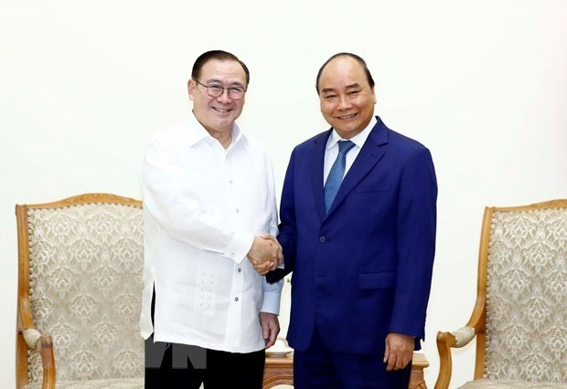 Prime Minister hosts Philippine Foreign Minister - ảnh 1