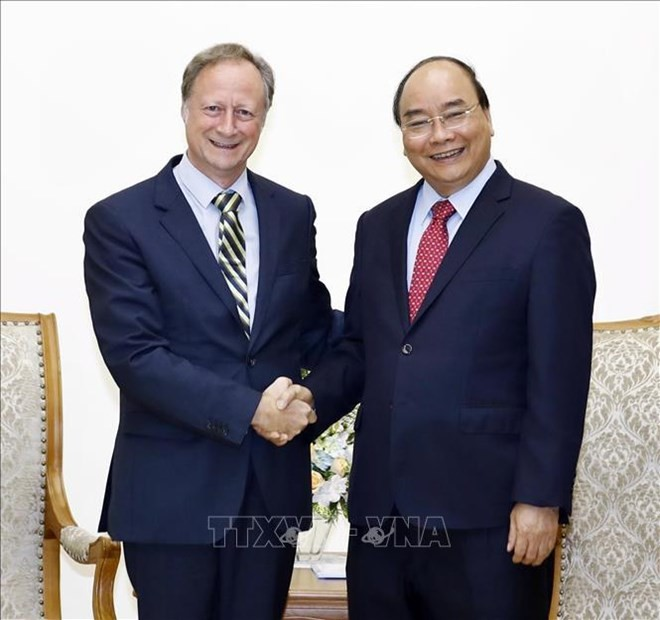 PM hosts outgoing EU delegation head - ảnh 1