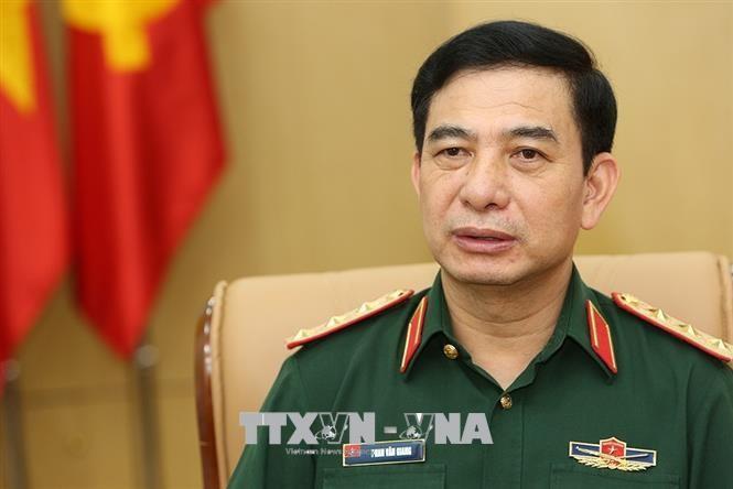 越南人民军总参谋长潘文江出席东盟陆军总司令会议 - ảnh 1