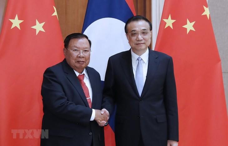 中国国务院总理李克强会见老挝人革党总书记、国家主席本扬 - ảnh 1