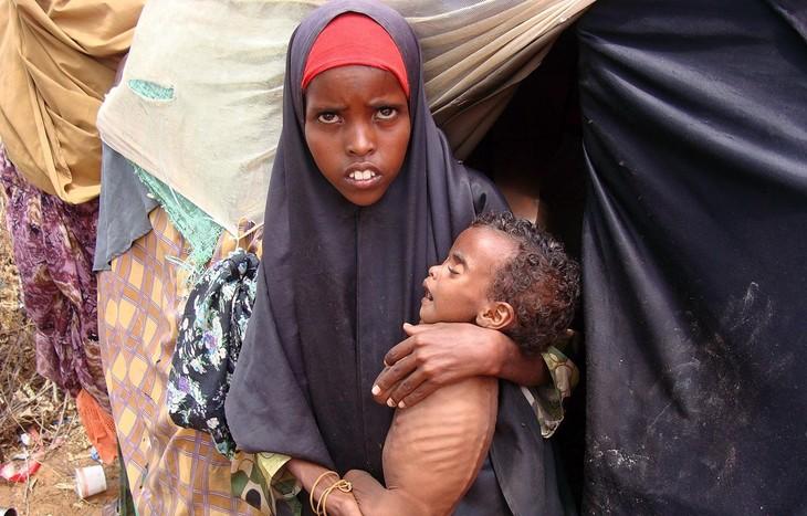 世界人口日:女性青少年死亡的主要原因 - ảnh 1
