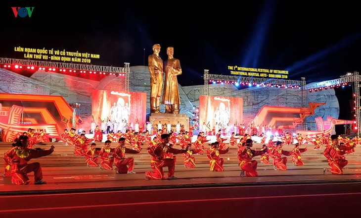 2019年越南传统武术国际联欢节开幕 - ảnh 1