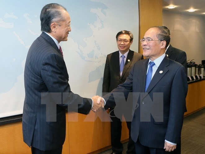 NA Chairman meets WB President in the US - ảnh 1