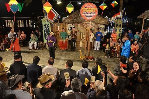 Phu Yen celebrates UNESCO recognition of Bai choi singing - ảnh 1