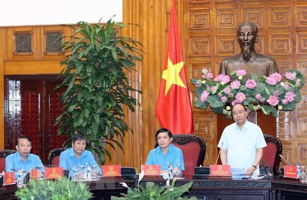 PM urges trade unions to work towards housing for workers - ảnh 1