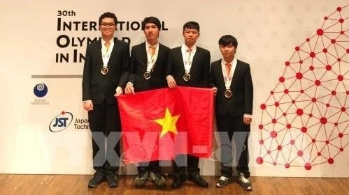 Vietnam wins gold at International Olympiad in Informatics - ảnh 1