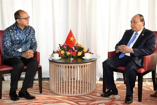 Vietnamese PM meets Cambodian PM, Chairman of Indonesian KADIN - ảnh 2