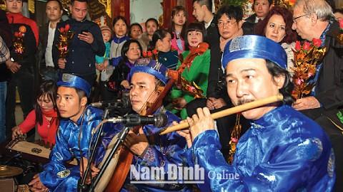 Ritual singing being preserved in Nam Dinh - ảnh 2