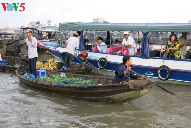 Floating markets – a typical cultural feature of the Mekong region - ảnh 1