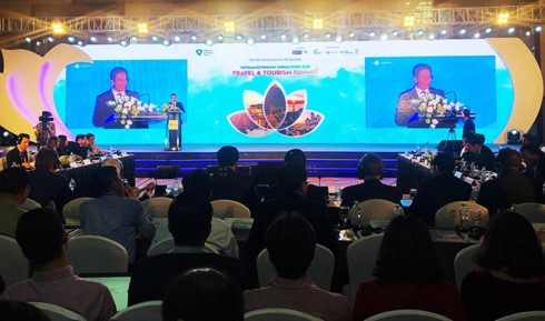 Vietnam Travel and Tourism Summit 2018 opens in Hanoi - ảnh 1