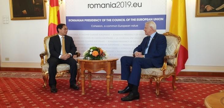 Vietnam, Romania seek to deepen bilateral ties  - ảnh 1