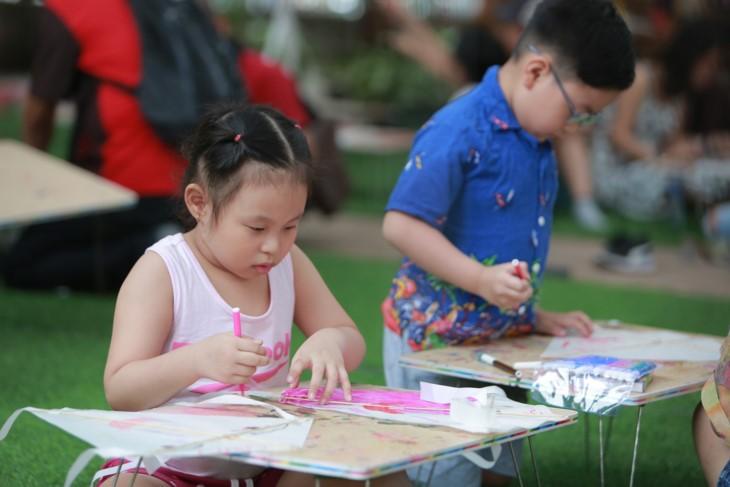 Summer activities for children at Van Lake - Hanoi's Temple of Literature  - ảnh 8