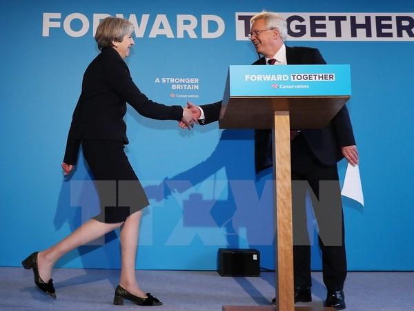 Theresa May se mantiene firme en su postura en las negociaciones por el Brexit - ảnh 1