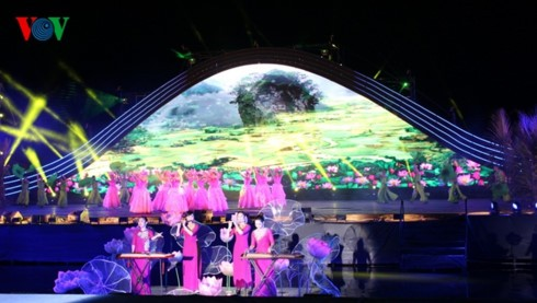 Concluye VI Festival de Patrimonios de Quang Nam 2017 - ảnh 1
