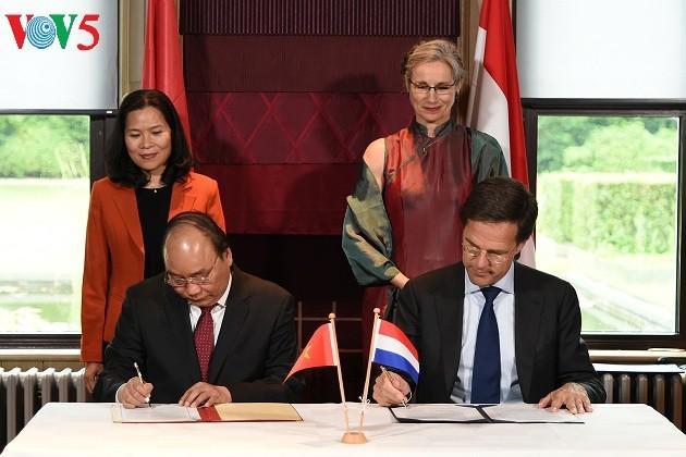 Vietnam y los Países Bajos emiten una Declaración Conjunta  - ảnh 1