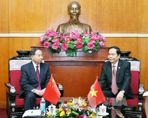 Vietnam y China fortalecen la cooperación entre las organizaciones de masas - ảnh 1