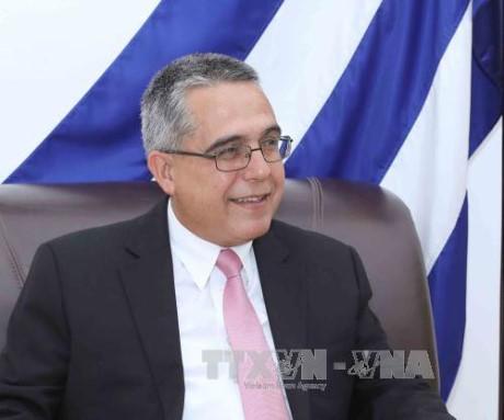 Vietnam y Cuba acuerdan facilitar la participación del empresariado para el desarrollo nacional  - ảnh 1