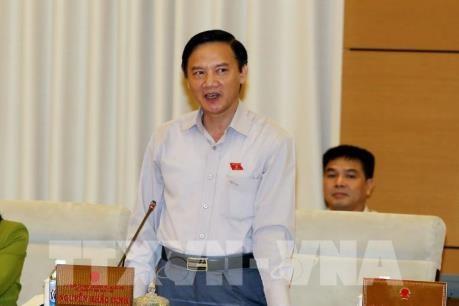 Diputados parlamentarios vietnamitas debaten el informe de solución de denuncias y quejas en 2017 - ảnh 1