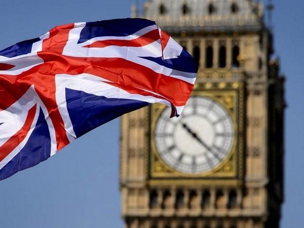 Brexit: La primera ministra británica promete el mejor entorno para los negocios - ảnh 1