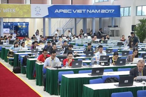 La opinión internacional aprecia el papel anfitrión de Vietnam en el APEC 2017 - ảnh 1