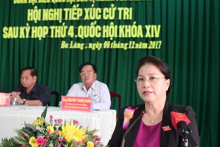 Dirigente parlamentaria se reúne con el electorado de Can Tho  - ảnh 1