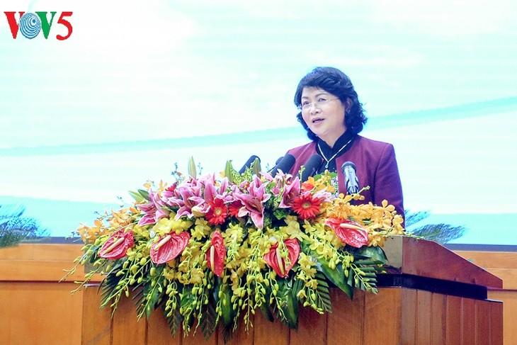 Vicepresidenta participa en el acto de emulación y premiación de Quang Ninh - ảnh 1