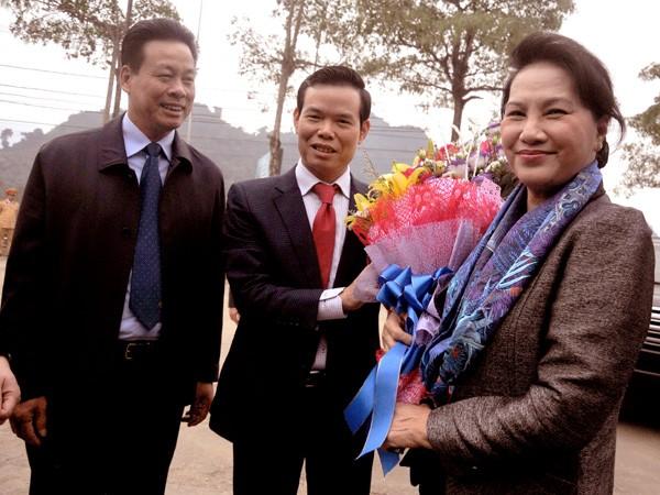 Presidenta legislativa vietnamita felicita a soldados y pobladores de Ha Giang en ocasión del Tet - ảnh 1