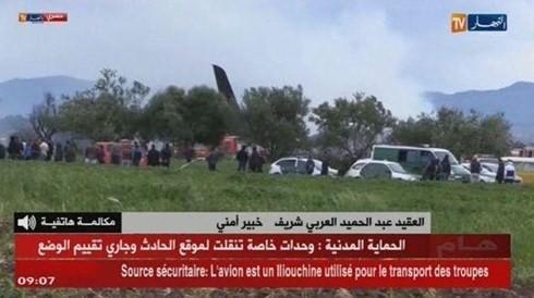 Más de 250 bajas en el accidente del avión militar en Argelia  - ảnh 1