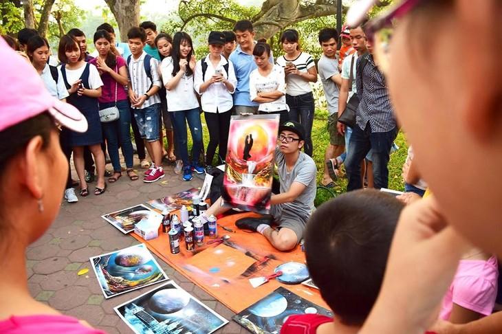 Las mágicas pinturas en aerosol de los jóvenes vietnamitas  - ảnh 2